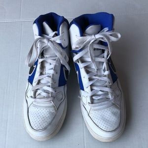 Nike force shoe